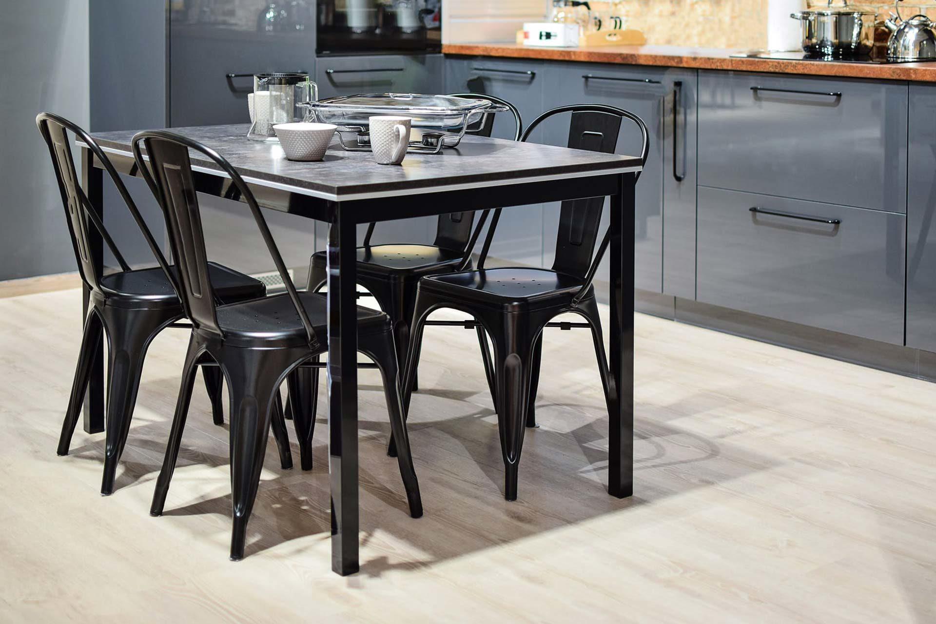 Come scegliere le sedie da cucina: i dettagli che non puoi trascurare